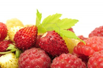strawberries-and-raspberries-1200x798